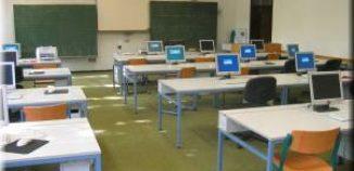 PC-Beamer-Kombination in jedem Klassensaal